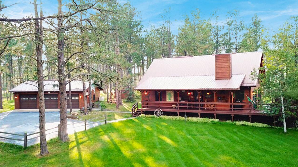 Black hills rental cabin near sturgis and deadwood sd for Cabins near deadwood sd